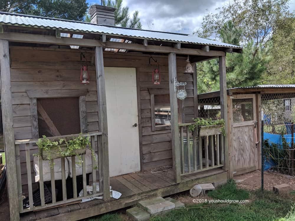 Chicken coop with run