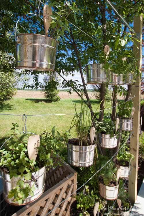 diy vertical garden idea